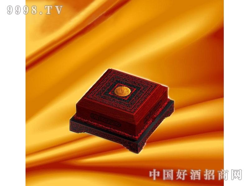 古汉养生酒·精典御品礼盒(产品2)