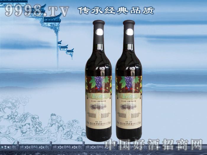 森林领地山葡萄配制酒