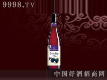 卡特伦堡黑莓水果酒