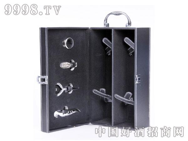 黑色双只皮盒带酒具