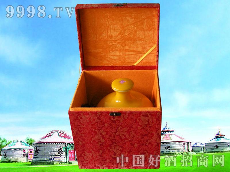 十斤黄坛酒