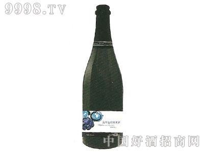 蓝莓起泡鲜果酒
