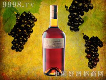 马丁内斯拉奎斯塔-苦艾酒