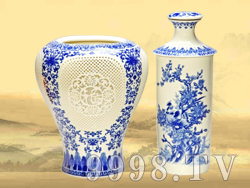 私人定制收藏酒4斤(青花镂空瓶)