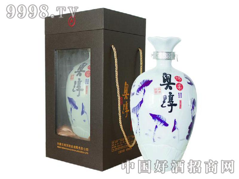 内蒙白酒45度青花瓷瓶