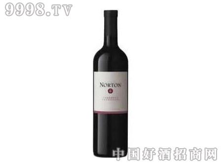 诺顿庄园白标加本力苏维翁红葡萄酒