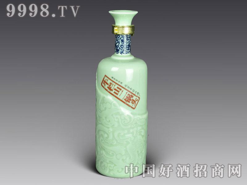 青花瓷瓶-牛栏山二锅头