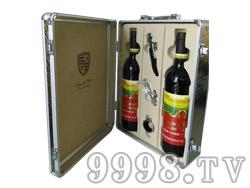 白洋河双支皮箱黑色干红葡萄酒(打开图)