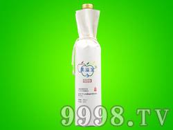 果溢宝品牌52度葡萄蒸馏原浆酒(传递正能量)