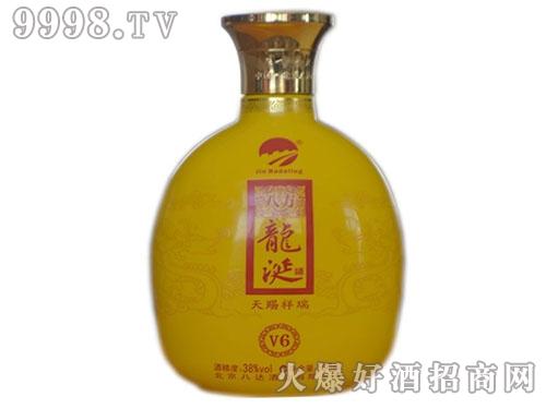 八达岭八方龙涎酒V6黄瓶装
