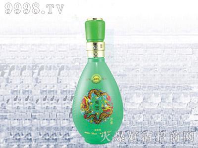 郓城龙腾包装精美雕刻瓶C-049玉酒