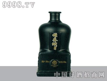 亿鑫玻璃瓶雄蚕蛾酒YX492-500ml