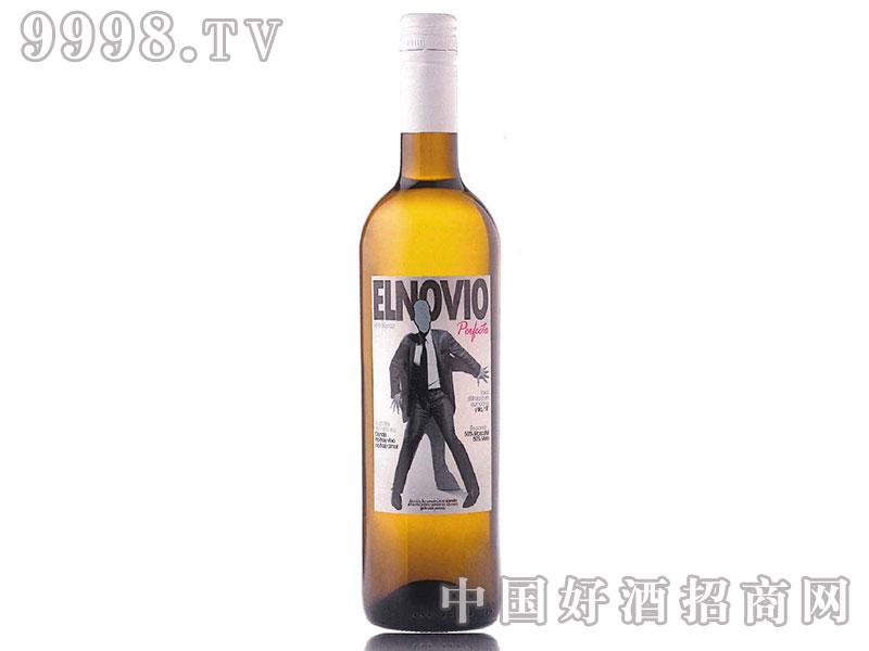 男朋友半甜白葡萄酒