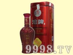 沱牌・绵柔炫红铁盒5