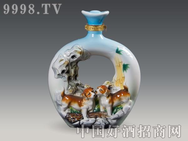 戊(狗)两犬无猜陶瓷 江西省景德镇市三雄酒瓶有广州viv陶瓷电子产品图片