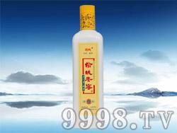 榆城老窖酒醇酿瓷瓶