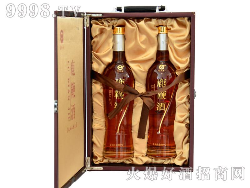 龙卧春鹿鞭酒700mlx2瓶
