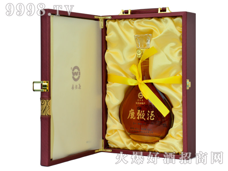 龙卧春鹿鞭酒700ml