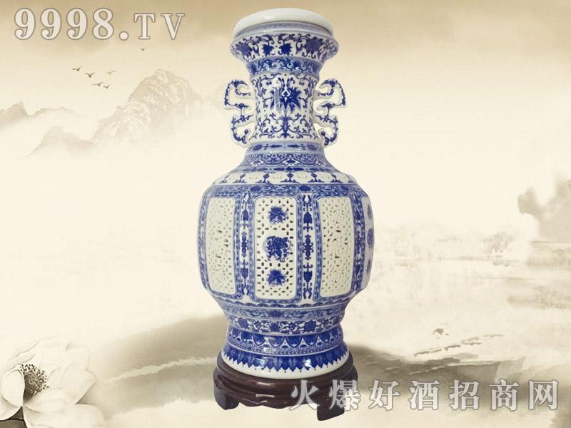 蓝之缘酒瓷王镂空