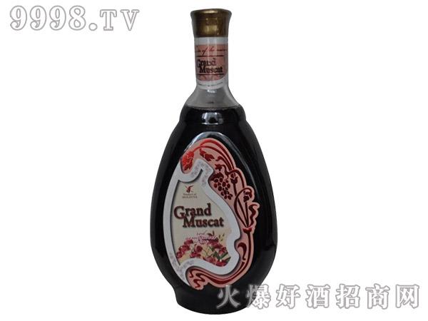 格兰德半甜红葡萄酒