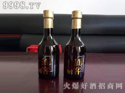 龙骨山顶客高粱酒