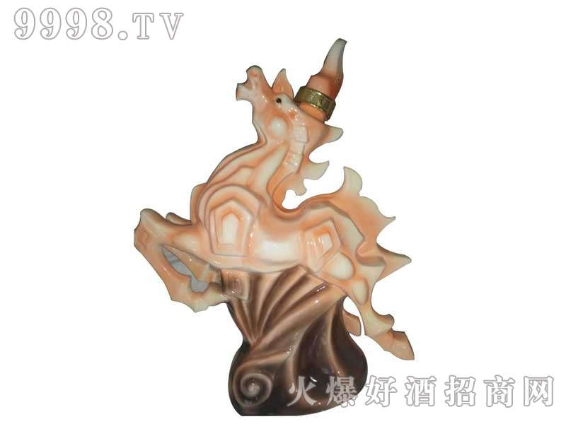 陶瓷坛装奔马酒