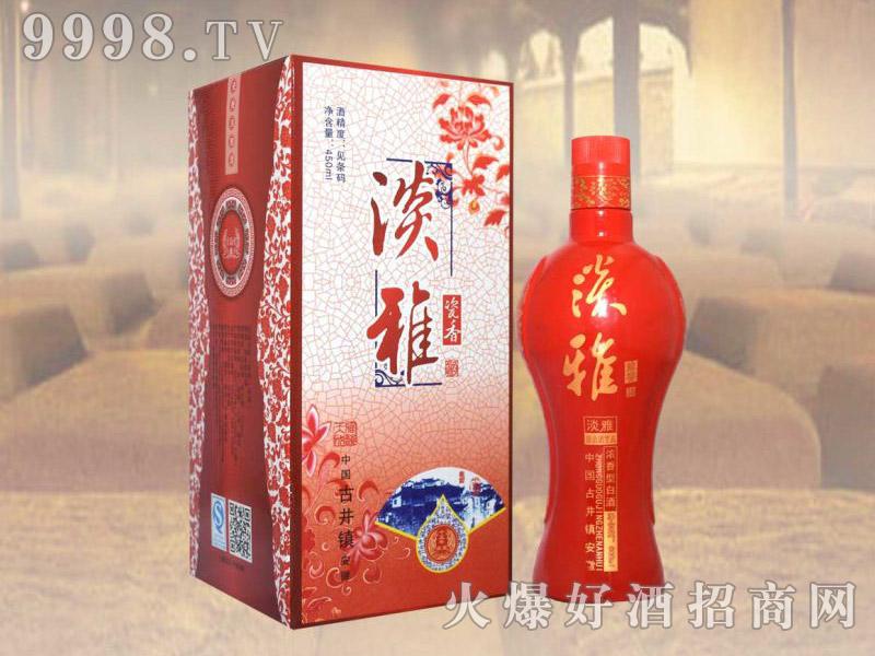 百年贡酒淡雅瓷香