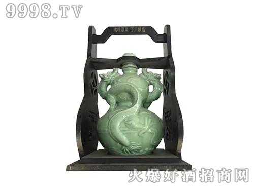 坛装系列酒中国龙