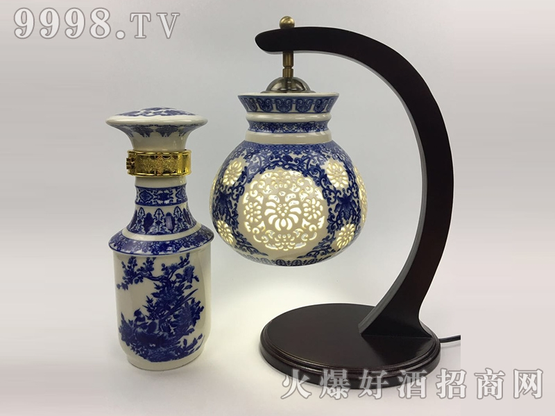 金酱百年坛子酒・镂空台灯