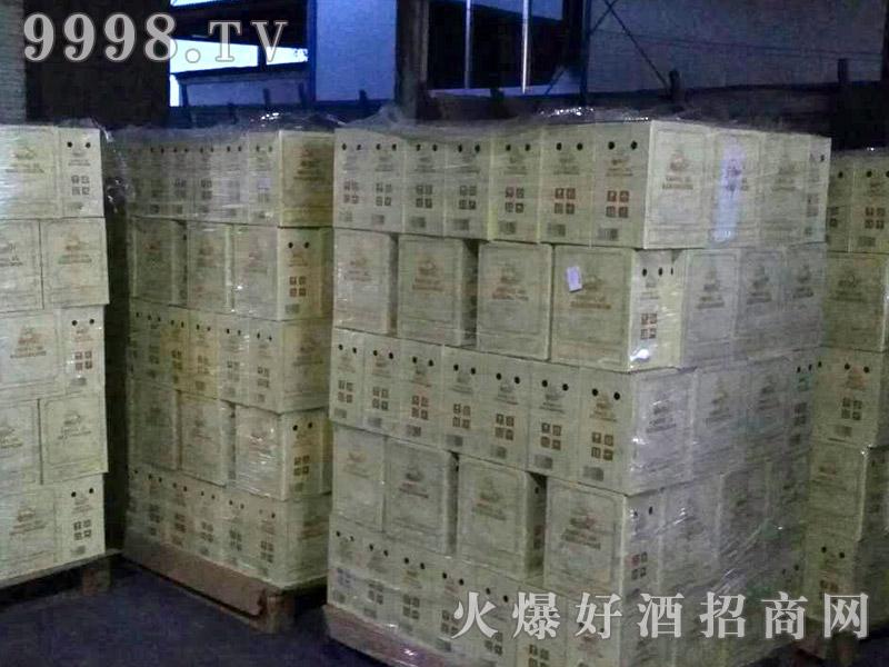 龙船将军干红葡萄酒整托发货