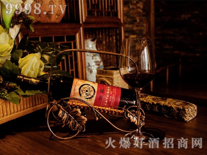 酒庄大漠干红葡萄酒
