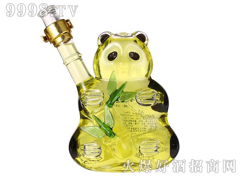 沁之绿熊猫抱竹竹酒