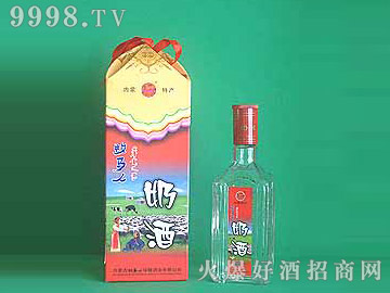 牧马人鲜奶醇奶酒(四角盒)