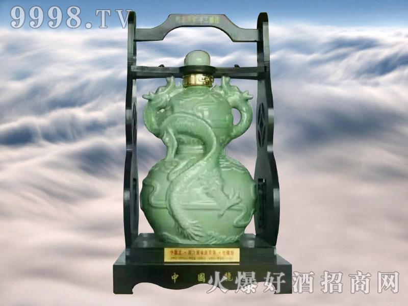 金口玉言酒中国龙