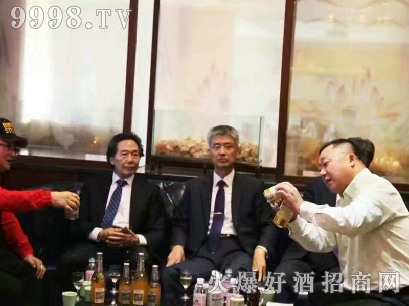 美林小镇啤酒韩国考察团・共同探讨