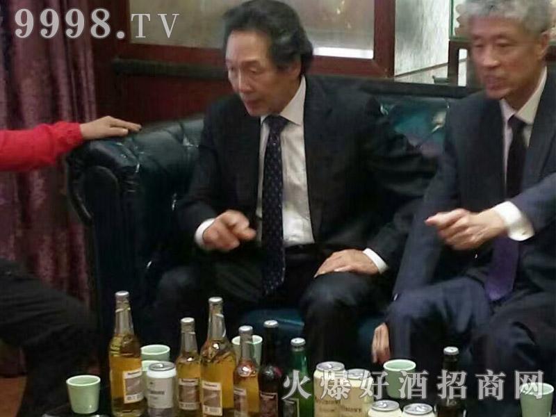 美林小镇啤酒韩国考察团・沟通交流