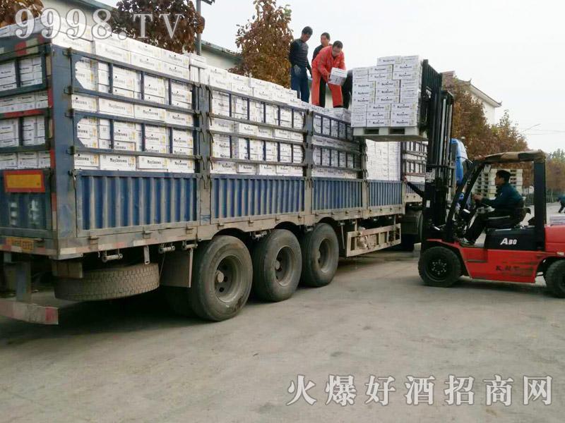 美林小镇千赢国际手机版汽车运输(40)