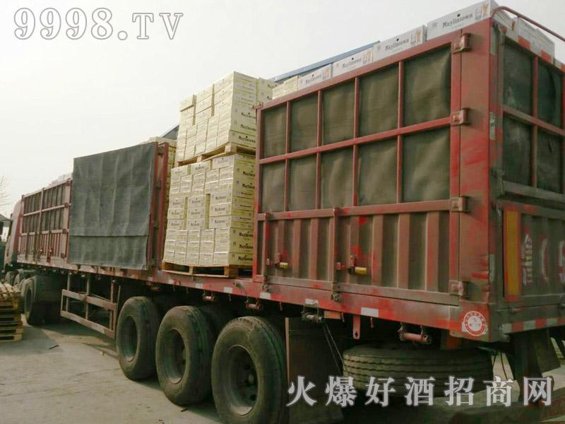美林小镇啤酒汽车运输(33)