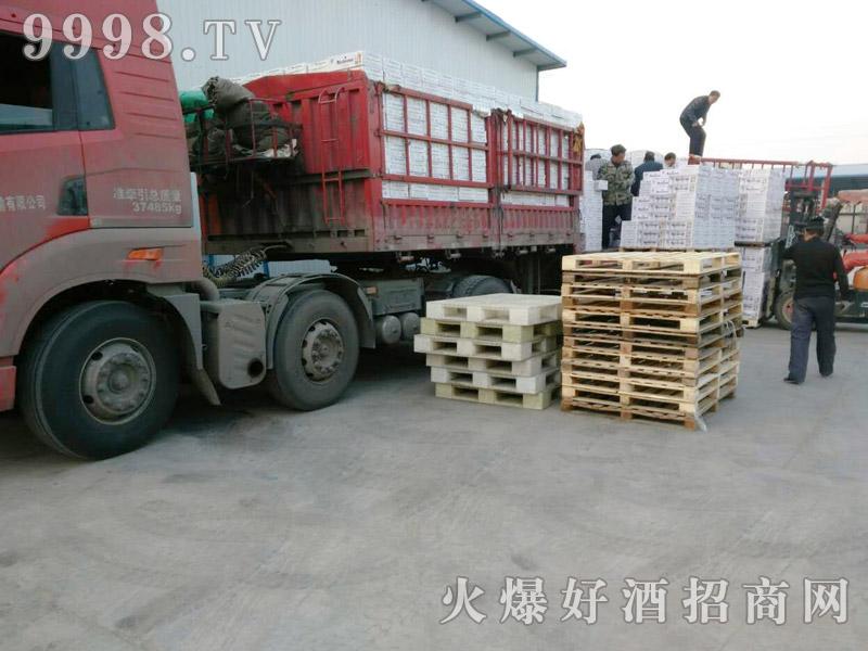 美林小镇千赢国际手机版汽车运输(26)