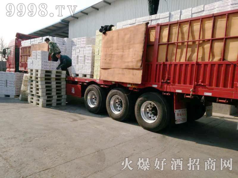 美林小镇千赢国际手机版汽车运输(19)