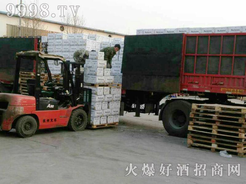 美林小镇千赢国际手机版汽车运输(7)