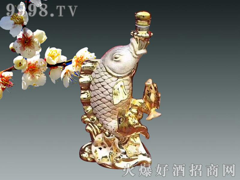 金鱼吐珠陶瓷酒