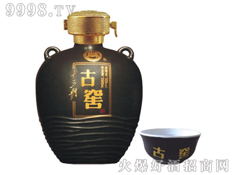 十三朝古窖酒