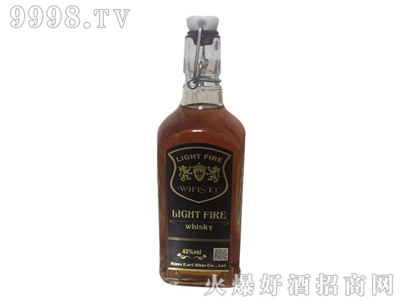 灯之火威士忌方瓶