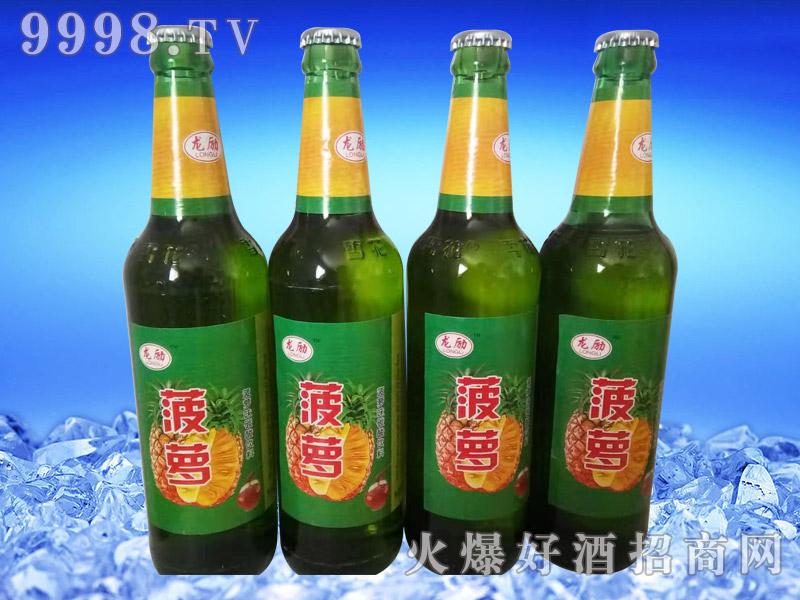 龙励菠萝味碳酸饮料750ml