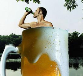 """饮用冰啤酒应注意四个""""注意"""""""