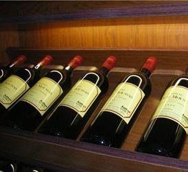 挑战中求发展的佼佼者--吉林葡萄酒业
