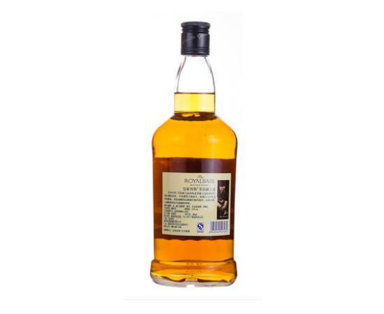 皇家贝斯威士忌