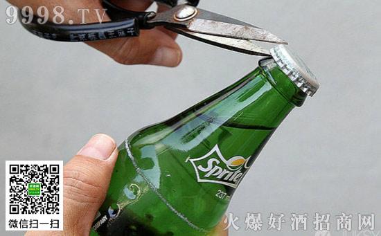 啤酒不用开瓶器怎么开启,轻松开酒瓶的10种方法