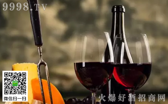 如何正确清洗葡萄酒杯
